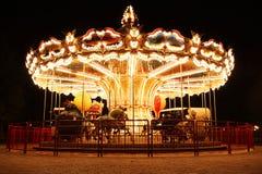 有马的法国转盘在晚上 免版税库存照片