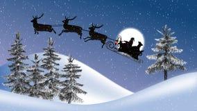 有驯鹿的圣诞老人和雪橇、月亮、树和降雪 库存照片