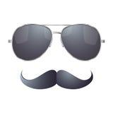 有髭的太阳镜 免版税库存图片