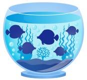 有鱼剪影的1水族馆 库存照片