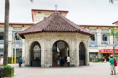 有麦哲伦` s十字架的,宿雾,菲律宾教堂 库存照片