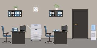 有黑家具的灰色办公室 库存图片