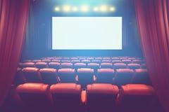 有黑屏的空的剧院观众席 库存照片