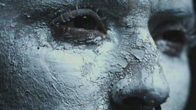 有黑眼睛跳舞的恶魔般的巫婆 股票录像