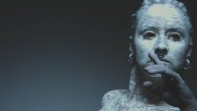 有黑眼睛跳舞的恶魔般的巫婆 影视素材