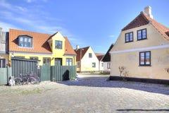 有16世纪的房子的渔村 免版税图库摄影