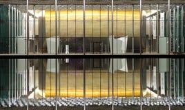 有1001个位子的现代被设计的巴林国家戏院 免版税库存图片