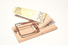 有200欧洲笔记的捕鼠器 免版税图库摄影