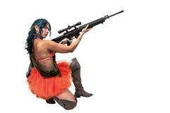 有攻击步枪的妇女 库存照片