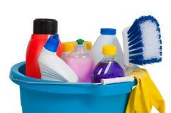 有洗涤剂的蓝色桶 库存图片