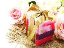 有维生素的五颜六色的混合果子肥皂从自然 免版税库存照片