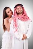 有他的妻子的阿拉伯人 免版税库存图片