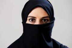 有黑眼睛的穆斯林 免版税图库摄影