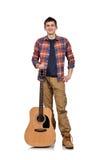有黄色声学吉他的吉他弹奏者 库存图片