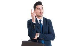 有年轻英俊和的精明的商人一个好主意 免版税库存图片