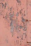 有破裂的油漆的,难看的东西老墙壁 免版税图库摄影