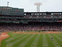 有间距投手准备好的Red Sox投掷  库存图片