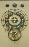 有黄道带标志的老手表 免版税库存图片
