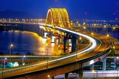 有Banghwa桥梁的汉江 库存照片