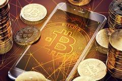 有Bitcoin的垂直的智能手机屏幕上在堆Bitcoins中 免版税库存照片