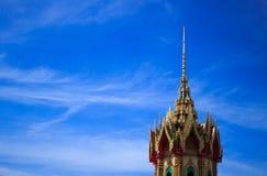 有buesky的泰国寺庙 图库摄影