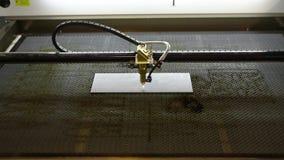 有cnc的,刻记激光的商标激光雕工 在金属的激光板刻,CNC板刻 股票录像