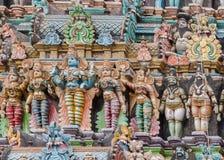 有Devi Lakshmi和Bhu的Devi Vishnu阁下 免版税图库摄影