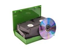 有DVD圆盘的老录象带磁带 免版税库存图片