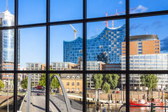 有Elbphilharmonie大厦的Speicherstadt区在汉堡 免版税库存照片