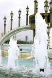 有lampposts2的喷泉 库存照片