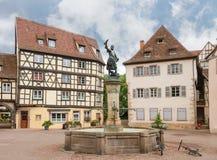 有Lazare de施文迪一个古铜色雕象的喷泉  免版税库存照片