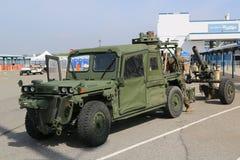 有M120 120mm灰浆的美国陆战队M1163原动力 免版税库存图片