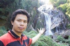 有Mae Tia瀑布的, Obluang国家公园, Chiangmai泰国人 库存照片
