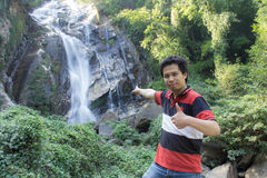 有Mae Tia瀑布的, Obluang国家公园, Chiangmai泰国人 免版税库存照片
