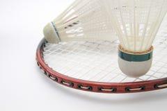 有shuttlecock的羽毛球拍 免版税库存图片