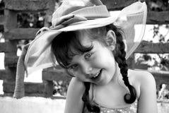 有sunhat的小女孩 库存照片