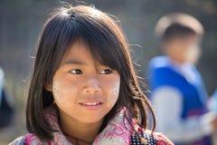 有thanaka的画象幼儿在面孔 inle湖缅甸 免版税图库摄影
