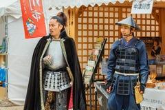 有vitage服装的人们在名古屋城堡 免版税库存照片
