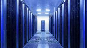 服务器干净和一致的行在datacenter折磨 图库摄影