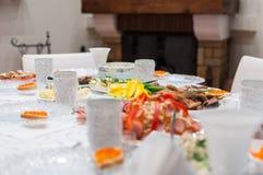 服务的桌家庭假日 免版税图库摄影