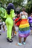 服装同性恋自豪日游行的扮装皇后 免版税库存照片