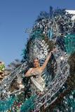 服装的妇女在特内里费岛的狂欢节 库存图片