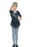 服装的美丽的小女孩舞蹈的 免版税库存图片