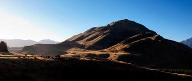 晴朗的山峰 免版税图库摄影