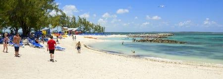 晴朗的沙滩横幅 免版税库存图片