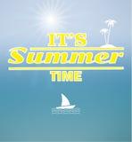 晴朗背景的夏天 免版税库存照片