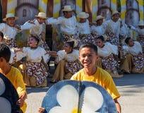 朗芒芽地,菲律宾- 2017年9月16日, :朗芒芽地Sandurot节日  与跳舞的狂欢节 免版税库存图片