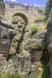 朗达,在普恩特Viejo,老桥梁的看法 西班牙 库存图片