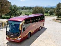 朗达, ANDALUCIA/SPAIN - 5月8日:Transanadalucia教练停放在 免版税库存照片