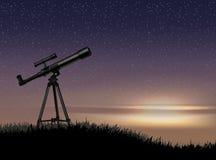 望远镜剪影在岩石的与在天空日落的星 库存例证